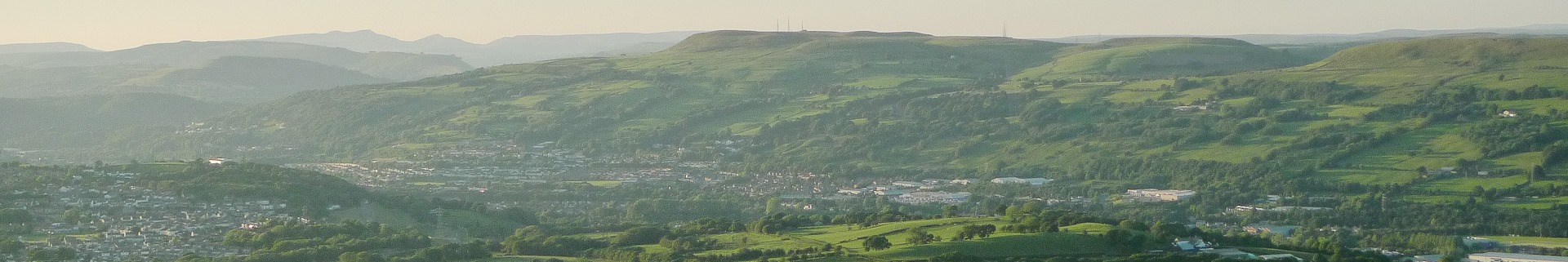 Pontypridd from the ridge below Eglwysilan