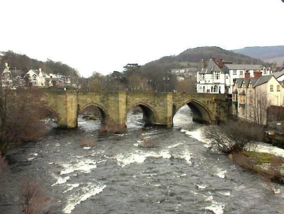 The bridge over the Dee in Llangollen