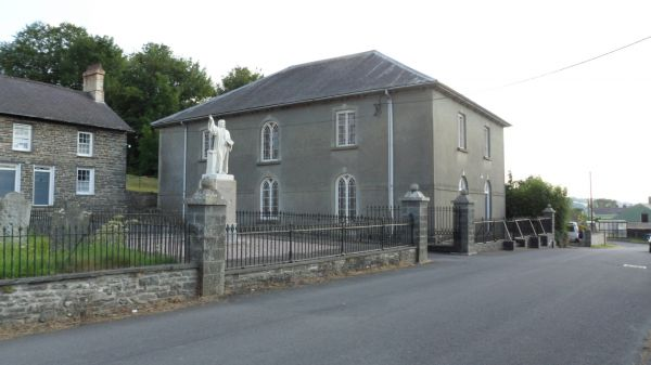 Statue of William Rowlands in Llangeitho